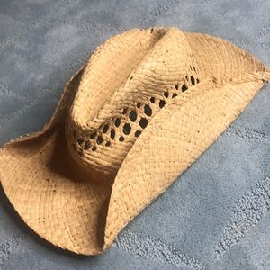 Really cool straw hat!!